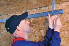 Best Reasons to Work With a Specialist for Your Garage Door Repair